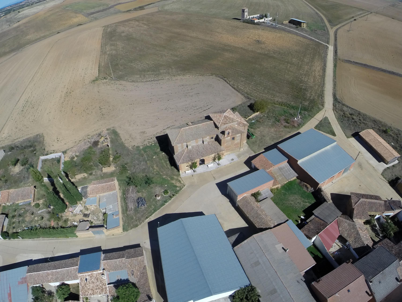 Galería fotográfica aérea de Calzadilla de la Cueza.